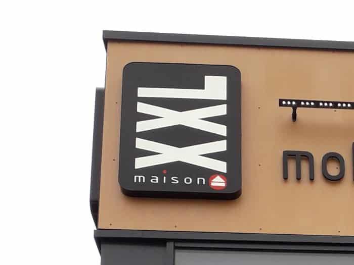 Impact communication réalisation de caisson lumineux pour le magasin XXL Maison à Saint-Marcel (27)