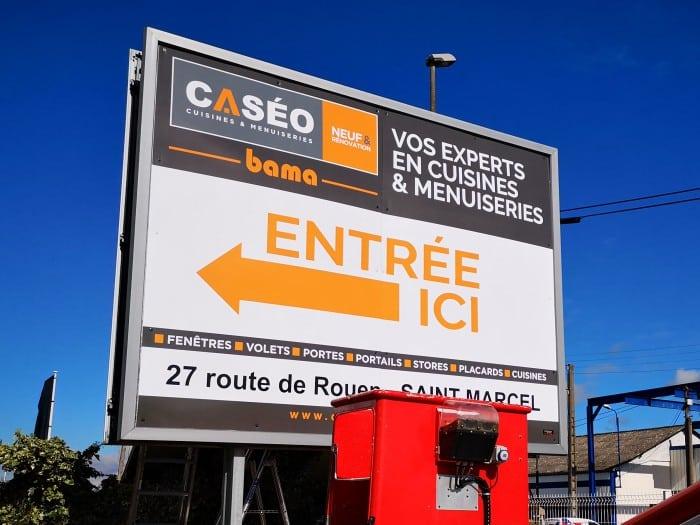 impact-communication-réalisation-panneau-4×3-caseo
