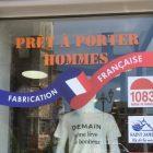 Impact communication réalisation de votre lettrage adhésifs, décoration de vitrine, autocollants et stickers personnalisés en Normandie