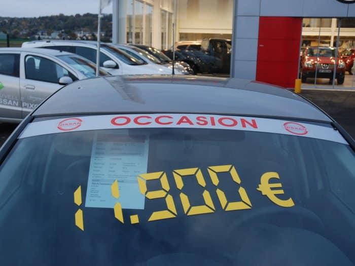 impact communication fabrication de lettrage adhésif pour Nissan