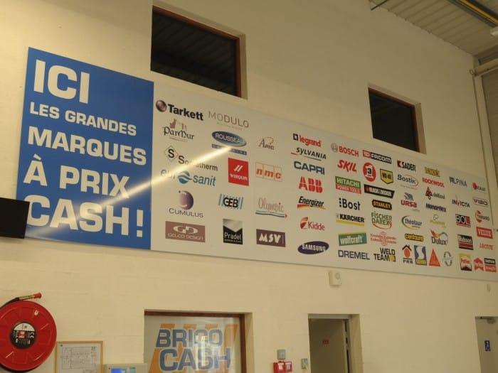 Impact communication fabrication de panneaux rigides pour signalétique Bricocash à Saint-Marcel (27)