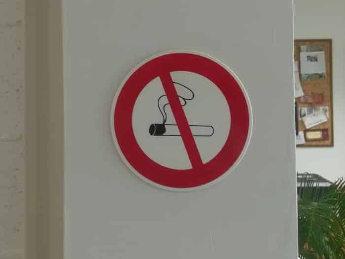 impact communication réalisation de signalétique intérieure interdiction du fumer