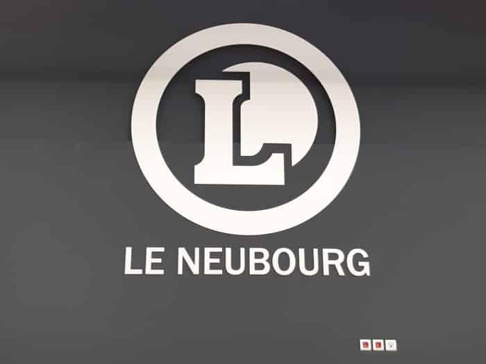 impact-communication-réalisation-enseigne-logo-pvc-leclerc-neubourg