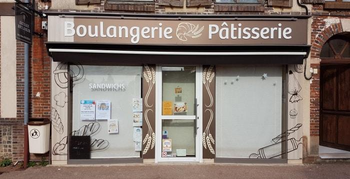 Impact communication devanture magasin pour la boulangerie rouzeau entre evreux et bernay 1