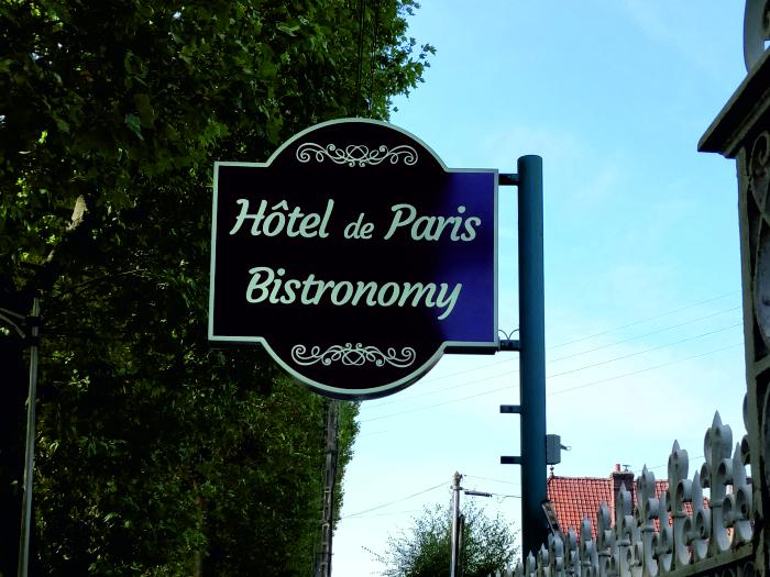 impact-communication-réalisation-enseigne-hotel-de-paris